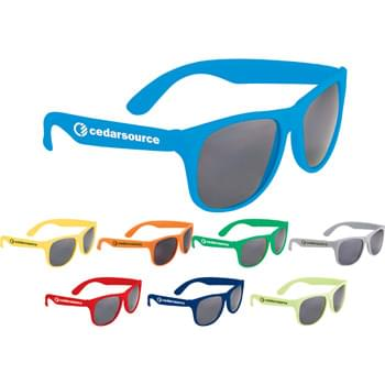 Retro Sunglasses - Solid - Classic folding eyewear. UV400 protective lenses.